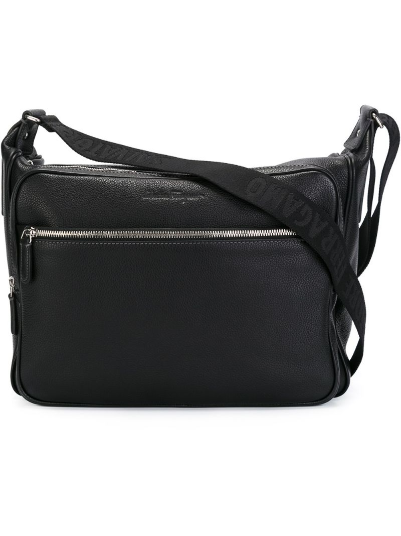 Now if you want to buy salvatore ferragamo carrie small satchel - black in a resonable price, today offer at a $1
